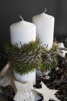 Christmas Candles: Moss and cording around white candles. Christmas Candles, Noel Christmas, Country Christmas, Winter Christmas, All Things Christmas, Christmas Decorations, Xmas, Black Christmas, Christmas Lights