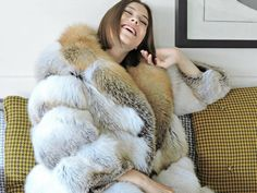 Leather Jacket Outfits, Fur Jacket, Fur Fashion, Womens Fashion, Latest Fashion, Fabulous Fox, Fox Fur Coat, Cute Jackets, Ice Queen