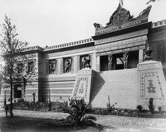 Pabellón mexicano en la exposición universal de 1889 en París, bajo relieves de Jesús Contreras