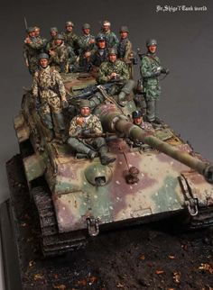 Kingtiger Henshel turret 222 Ardennes 1944 vignette  キングタイガーヘンシェル砲塔 アルデンヌ222 情景