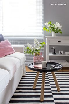 Nicest Things: Living Room Spring Decoration / Rug Ikea Stockholm Tablo Normann Copenhagen