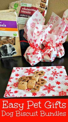 DIY Dog Biscuit Bundles are an easy pet gift! #shop #cbias #happyalltheway http://momalwaysfindsout.com/2013/12/gift-ideas-for-dogs/