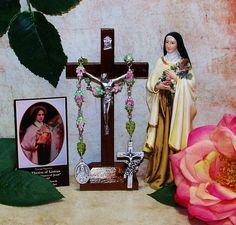 Unbreakable Link Novena Relic Catholic Chaplet of St. Therese of Lisieux - Patron of Pilots and Flight Attendants, Florists, Against Illness by foodforthesoul on Etsy