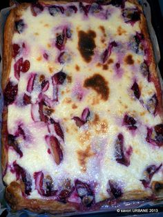 Plum Recipes, Sweets Recipes, Cake Recipes, Cooking Recipes, Easy Apple Cake, Good Food, Yummy Food, Healthy Food, Romanian Food