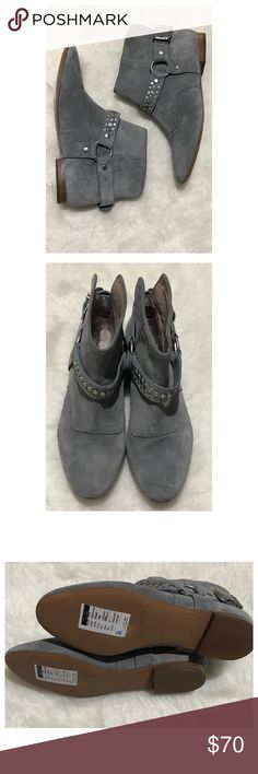 """⚡️was $70⚡️Pour La Victoire studded bootie size 6 NWT! 5"""" tall. 1/2"""" heel. Leather. Deep gray. Pour La Victoire Shoes Ankle Boots & Booties"""