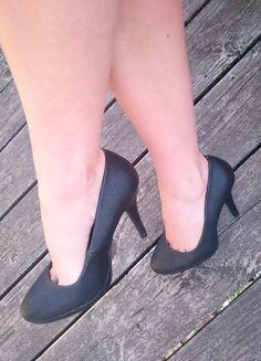 bb76c1c3254181 Chaussures à talons compensés bleu noir très sexy