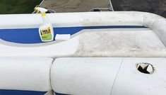 Cleaning Boat Seats with Magic Eraser * See the Results ! Boat Cleaning, Deep Cleaning Tips, Toilet Cleaning, House Cleaning Tips, Cleaning Hacks, Cleaning Solutions, Cleaning Supplies, Pontoon Boat Seats, Pontoon Boat Party