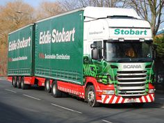 On and offline distribution strategy? Eddie Stobart Trucks, Distribution Strategy, Old Wagons, Road Train, Lyle Scott, Fan Picture, Logo Concept, Cool Trucks, Tractors