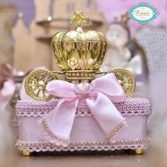 Nenhuma descrição de foto disponível. Enchanted Kingdom, Fiesta Party, Princess Birthday, Cinderella, Birthdays, Birthday Parties, Scrapbook, Children, 15 Years