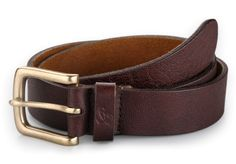 Soft Leather Brown Color Belt  -with Natural Grain on it Make each Belt  unique  -Brass Antique Buckle   -Smartly Crafted to enhance your casual look - See more at: http://contraststore.com/Casual-Belt/Brown-Color-Natural-Grain-Leather-Belt-id-462882.html#sthash.pUIBQeKK.dpuf
