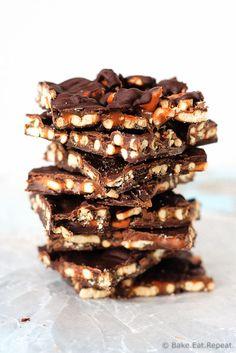 Salted Caramel Pretzel Bark http://livedan330.com/2015/12/13/salted-caramel-pretzel-bark/