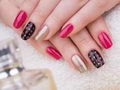 35 Extremely Easy Nail Art Designs And Styles For Beginners Simple Nail Art Designs, Pretty Nail Art, Beautiful Nail Designs, Beautiful Nail Art, Easy Nail Art, Chic Nail Art, Red Nail Art, Red Nails, Blue Nail