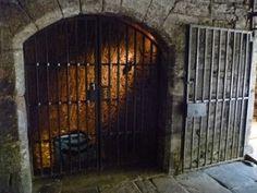 Edinburgh Vaults gates