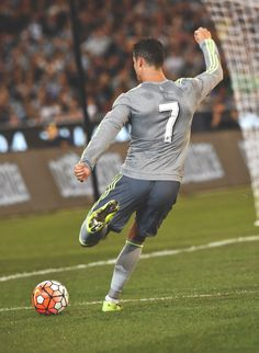 Cristiano Ronaldo - Real Madrid away shirt 2015