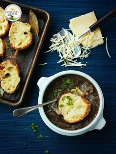 onion soup au gratin, farmhouse cheese with Goud