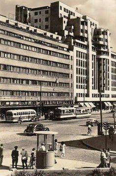Bucureşti Hotel Ambasador, 1955 Central And Eastern Europe, Bucharest Romania, Socialism, Timeline Photos, Warsaw, Time Travel, Old Town, Geography, Tourism