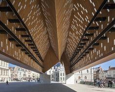 Architects: Marie-José Van Hee, Robbrecht & Daem Location: Ghent, Belgium Year: 2012 Photographs: Tim Van de Velde