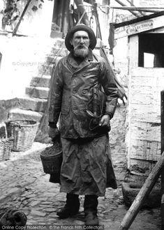 Newlyn, Fisherman, Henry Kitchen 1906