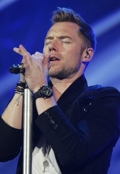 Thanks to True Boyzone Fans Brian Mcfadden, Ronan Keating, The Power Of Music, Famous Men, Beautiful Voice, My Music, Sexy Men, Fans, Singer