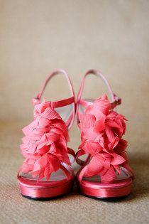 Des sandales roses!