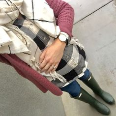 maternity style, plaid shirt, green hunter boots