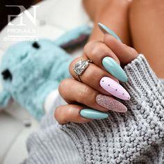 May 2020 - Easy Elegant Nail Designs acrylic Nails natural Nails Nails fall neon Nails gel Nails matte Natural Nail Designs, Elegant Nail Designs, Elegant Nails, Stylish Nails, Cool Nail Designs, Acrylic Nail Designs, Trendy Nails, Rainbow Nails, Neon Nails