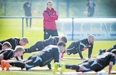 Zeitung WESTFALEN-BLATT: Arminia Bielefeld - Arminen geben sich vor dem Spiel gegen Dresden schweigsam