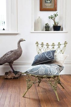 Pretty great chair~.   & pillows & birdie(peacock???)❕❕❕⭐️❕❕❕❕⭐️❕❕❕❕➕❕‼️‼️‼️➕❕‼️