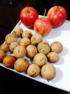 Apples&Lansones
