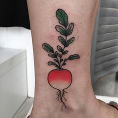 "mojitotattoo: ""By @inkbymo #tattoo #toulouse #ink #mojitotattoo #Tatouage #inked #france #tattooshop #tattooartist #radish #crystal #thedarkcrystak (à Mojito Tattoo) "" Morgan Jeane"