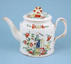 English Teapots | 18th century English Creamware teapot with Chinoiserie decoration. (c ...