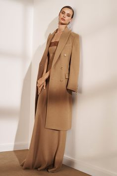 Ralph Lauren Pre-Fall 2019 Fashion Show - Vogue Fashion Week, Fashion 2020, Fashion Show, Fashion Trends, Street Fashion, Ralph Lauren Womens Clothing, Modest Fashion, Fashion Outfits, Curvy Fashion