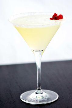 Easy Lemon Drop Martini Recipe with Video
