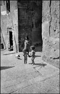 David Seymour Naples. 1948