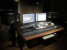 Sterling Modular Multi Station Artist Series Desk - User review - Gearslutz.com