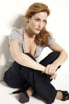 Gillian Anderson (Gillian Leigh Anderson) (born in Chicago, Illinois (USA) on August 9, 1968)