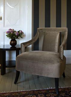 Sofa og sofabord fra Brubakken Home