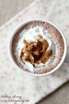 This sweet and creamy Vitamix hot chocolate is ready in just about 5 minutes and is completely made in your Vitamix. This is the best hot chocolate ever! Vitamix Blender, Vitamix Recipes, Blender Recipes, Smoothie Recipes, Cooking Recipes, Vitamix Cookbook, Drink Recipes, Smoothies, Dessert Recipes