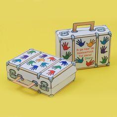 Geny Trakteert - Zwaaiende handjes koffer