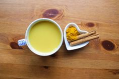 Ricetta del Latte d'Oro, per migliorare l'elasticità alle giunture e alla schiena, riduce le infiammazioni e previene il cancro: ingredienti e preparazione.