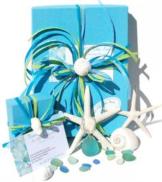 Lot's of Gift Wrapping Ideas!  #giftwrap #presents