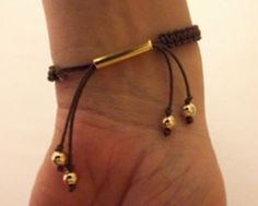 cool DIY Bijoux - Quick Tip on Shambala Bracelet Closures - The Beading Gem's Journal. Another cl...