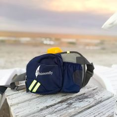 Enjoy your summer along with Shimonfly Waist Pack! 🎒🌞 It's the perfect pack for a day trip or a walk on the beach! 🏖️................#waistpack #fannypack #summer #beach #hiking #dayhike