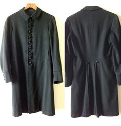 From (re) Vintage:    -- Vintage/Antique Coat --  9 covered front buttons (missing some fabric) and 3 arm cuff buttons on each sleeve. Small