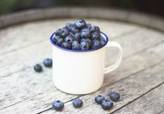 Blueberries via Flickr Gabriela Tulian