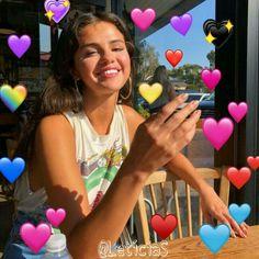 Estilo Selena Gomez, Selena Gomez Fotos, Heart Meme, Cute Love Memes, Marie Gomez, Wholesome Memes, Reaction Pictures, Celebs, Editor