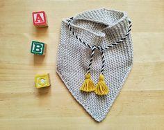 Hand knitted merino baby triangle SCARF newborn by YellowYarnyYak