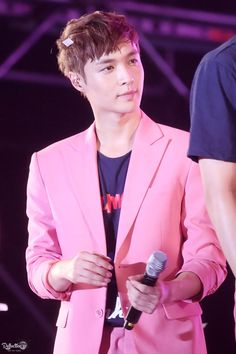 Lay wearing pink though...