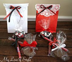 Easy DIY Hockey Inspired Party Favors