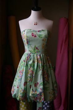 Strapless Sweetheart Floral Dress with Bubble Skirt